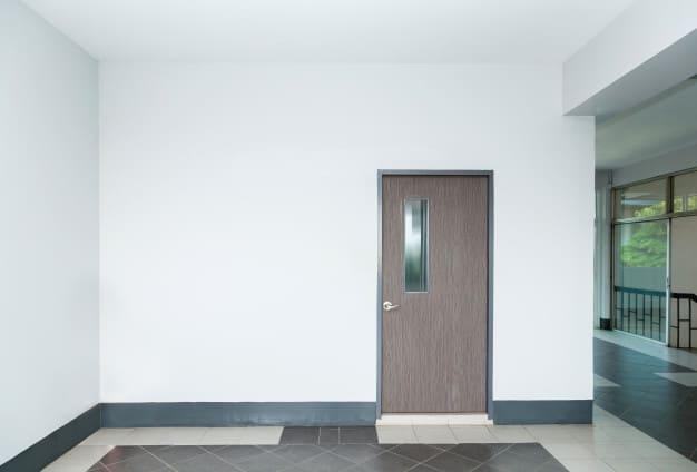 درب و دکوراسیون داخلی