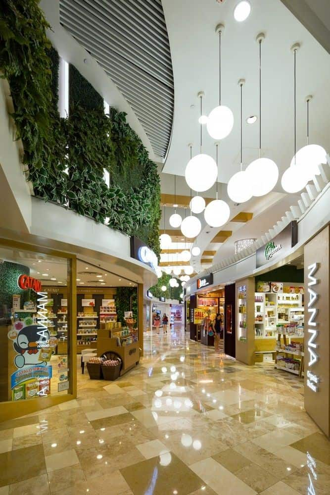 طراحی داخلی فضای فروشگاه